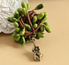 City Block Vintage Tree Reindeer Lace Brooch Earrings,http://www.amazon.com/dp/B00ILMC6HY/ref=cm_sw_r_pi_dp_wvpltb0JV391Y5C4