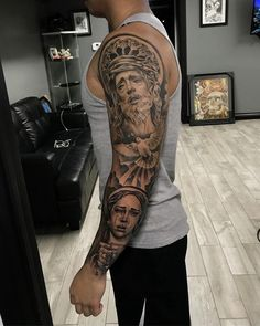 Amazing artist Jeffry Mendoza awesome Jesus and Virgin Mary dove gospel window tattoo sleeve! Bible Tattoos, God Tattoos, Body Art Tattoos, Jesus Tattoo Sleeve, Chicano Tattoos Sleeve, Henna Tattoo Foot, Arm Band Tattoo, Dove Tattoo Design For Men, Trendy Tattoos