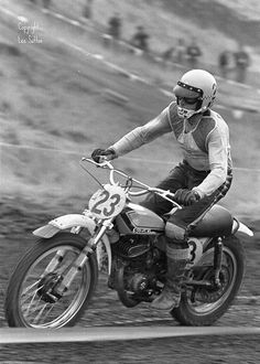 Vintage Motocross Roger DeCoster, by old motocross hero, 1971 Era. Motocross Racer, Motocross Bikes, Vintage Motocross, Vintage Racing, Motocross Quotes, Flat Track Motorcycle, Flat Track Racing, Dirt Bike Racing, Nitro Circus