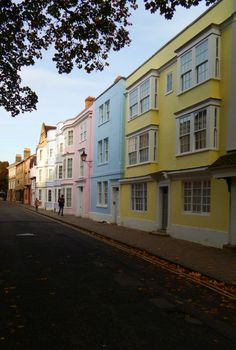 fuckitandmovetobritain: Holywell Street Oxford England UK My blog posts