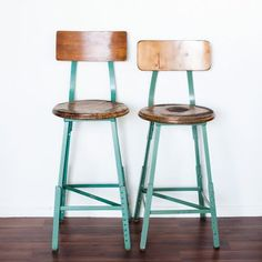 Very Aqua Di Vita style!! How does your garden grow?: Vintage 60s Industrial Shop Chairs