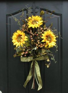 Fifty-Five Awesome Wreaths to Adorn Your Front Door