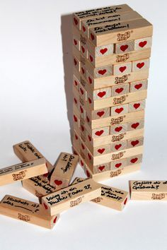DIY Jenga game for lovers just make it yourself – perfect gift idea for Valentine's Day - Diy Geschenke Ideen Marco Scrabble, Love Gifts, Gifts For Mom, Diy Gifts For Men, Mug Diy, Jenga Game, Jenga Diy, Christmas Calendar, Diy Car