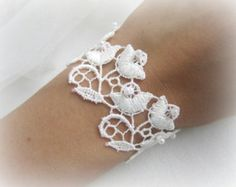 Embroidered white lace bracelet wedding by MalinaCapricciosa