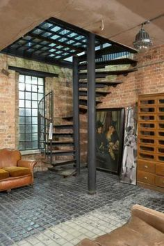 30 Awesome Loft Staircase Design Ideas You Have To See Warehouse Apartment, Warehouse Living, Warehouse Home, Interior Design Minimalist, Industrial Interior Design, Industrial Interiors, Modern Design, Loft Industrial, Industrial Apartment