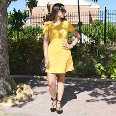 Amo los vestido de color amarillo atrevete con ellos esta primavera!!  #vestido #amarillo #zara #mango