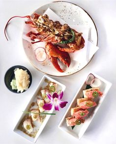 C'monBoard Los Angeles compiles the best things happening in L.A. Keep an eye on our website for new experiences .  . Lobster dynamite, hamachi jalapeño and spicy tuna on rice who's your lobster you'd share with? #Katsuya #lettherebefood . . credit: @lettherebefood