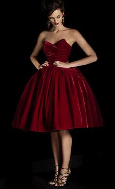Ruby client . . . . sweetheart velvet dress / Dolce Gabbana. Gorgeous!!