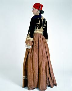 """Amalia"" costume belonging to Kalliopi Diligianni from Kalamata. Creation Date: Institution: Peloponnesian Folklore Foundation Provider: Europeana Fashion Providing Country: Greece Queen Costume, Folk Costume, Greek Dress, Dance Costumes, Greek Costumes, Ottoman, Greek Clothing, Bohemian Gypsy, Western Outfits"