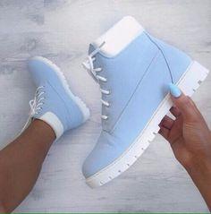 Timberland Boots, an American Icon ~ Fashion & Style Timberland Stiefel Outfit, Shoes Boots Timberland, Timberlands Shoes, Timberlands Women, Sneakers Mode, Shoes Sneakers, Fashion Boots, Sneakers Fashion, Kawaii Shoes