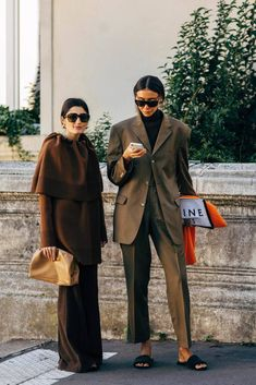 Men street styles 235102043036203009 - Paris Fashion Week Street Style Spring 2019 Source by untiltheverytrend Street Style Chic, Street Style Trends, Spring Street Style, Street Style Looks, Printemps Street Style, Fashion Week, Fashion Trends, Style Fashion, Fashion Styles