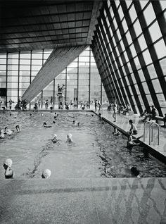 Max Schlup. Architekt Concrete Architecture, Architecture Design, Retro Aesthetic, Classic Beauty, Old Pictures, Louvre, Mid Century, Exterior, Black And White