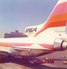 Vintage Airliners - Founded in 1949, PSA was for 37 years one of the main CA regional airlines - L-1011 - SFO Museum