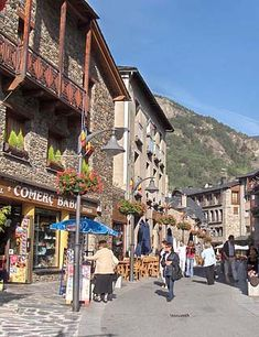 Andorra Map / Geography of Andorra / Map of Andorra - Worldatlas.com