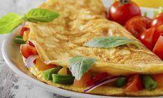RecomendarTweetarWhatsApp Aprenda a fazer 16 receitas simples e rápidas de omelete light. Ideais para dietas tanto de quem visa o ganho de massa muscular quanto o emagrecimento. Oomelete é um prato bem tradicional, especialmente para aqueles que querem ganhar massa muscular. Isso porque, ela tem como ingrediente principal o ovo. Ele, que antes era o …