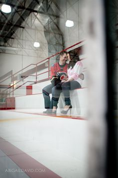 hockey engagement  I want this to happen to me.