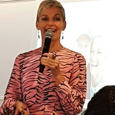 """Another IWD breakfast this morning this time hosted by the Northern Beaches Council to support the Manly Warringah Womens Resource Centre and the Northern Beaches Womens Shelter. The keynote speaker was @jessjrowe and having heard Jess speak before I knew that her presentation would be great. She shared a question that she asked herself before she decided to quit Studio 10 - """"Am I happy?"""" The answer she gave herself was no and this led her to quit morning television to follow her heart…"""