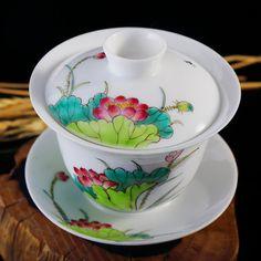Chinese Gaiwan Tea Cup, Handpainted Porcelain Teacup