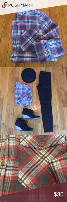 """J.Crew Boyfriend Flannel Tunic A fan favorite that sold out right away. Gray plaid flannel with brown buttons in a longer tunic style. Other than some natural pilling of the flannel it's in great condition. 27"""" long. 20"""" across. J. Crew Tops Button Down Shirts"""