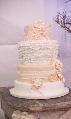Blush wedding cake Pink Grey Wedding, Blush Wedding Theme, Blush Wedding Cakes, Blush Weddings, Beautiful Wedding Cakes, Beautiful Cakes, Dream Wedding, Bridal Elegance, Best Friend Wedding
