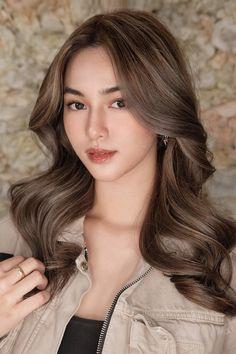 Yukii takahashi Pretty Star, Long Hair Styles, Beauty, Long Hairstyle, Long Haircuts, Long Hair Cuts, Beauty Illustration, Long Hairstyles, Long Hair Dos