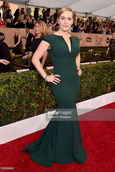 Actress Kate Winslet attends the 22nd Annual Screen Actors Guild Awards at The Shrine Auditorium on January 30, 2016 in Los Angeles, California.  (Photo by Alberto E. Rodriguez/Getty Images)