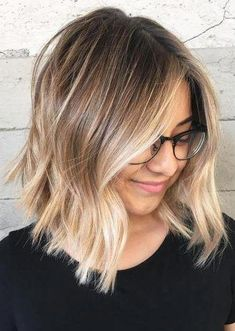 14 Pretty Hair Highlights for Every Taste 14 Pretty Hair Highlights for Every Taste Latest Hair Color latesthaircolor Caramel Highlights 14 Pretty Hair Highlights for Every Taste nbsp hellip hair balayage Blond Ombre, Ombre Hair Color, Brown Blonde, Short Ombre, Ombre Hair Bob, Balayage Short Hair, Bob Hair Color, Blonde Ombre Hair Medium, Color For Short Hair
