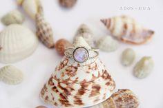 Rainbow Moonstone Ring, Twist Rope Ring, 925 Sterling Silver Gemstone Ring, Twist Small Ring, Stacking Ring for Womens, Bohemian Jewelry