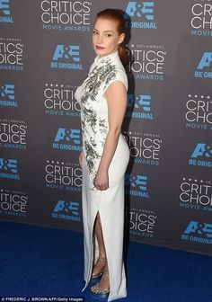 THE WORLD AT LARGE: List of the winners from Critics' Choice Award 201...