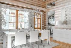 Vaalea ja valoisa hirsitalo Cottage Renovation, Wooden House, Log Homes, Bali, Beach House, Kitchen, Furniture, Home Decor, Coups