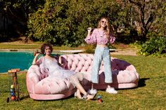 Online fashion retailer Shopbop taps Suki Waterhouse, her sister Immy, and model Alanna Arrington for its spring 2017 campaign. Called 'Find Your Spring', the images take on a jovial mood spotlighting six major spring trends. From pretty pastels to lingerie inspired pieces and playful prints, these looks are sure to inspire for the new season. …