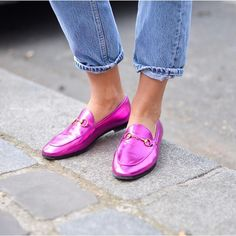 The @gucci shoe obsession continues #streetstyle #pfw