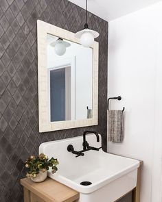 The Modern Farmhouse You've Been Waiting For! Diamond Tile Pattern, Small Spaces, Room Interior Design, Bathroom Inspiration, House Tiles, Cottage Bathroom Inspiration, Diamond Tile, Printed Tile, Cottage Bathroom
