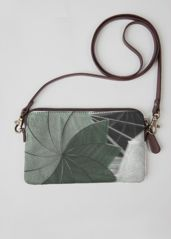Forest Clutch: What a beautiful product! Handbags, Purses, Leather, How To Wear, Accessories, Beautiful, Totes, Purse, Wallets