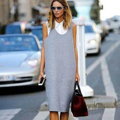 ТРЕНДЫ. ПЛАТЬЕ-САРАФАН. ****************** А вы заметили, что вернулась мода носить #платья-#сарафаны? Их носили в 70-е, потом немножечко в 90-е, и вот, снова здравствуйте! В 70-е платья-сарафаны носили на #водолазки и #сорочки, в 90-е – бельевые и летние платья на #футболки, а теперь – и то, и другое, и вообще, что и как захочется. Хотите надеть вниз водолазку – отлично. Сорочку – тоже. Она с оборочками или объемная – прекрасно! С бантом на шее – потрясающе. Совершенно замечательно, есл...