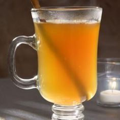Spiced Hot Cider 4 cups apple cider 1 cinnamon stick 5 whole cloves cup applejack, (apple brandy) 2 tablespoons cinnamon schnapps Cinnamon sticks, for garnish Hot Punch Recipe, Punch Recipes, Drink Recipes, Hot Spiced Cider, Hot Apple Cider, Apple Brandy, Spiked Cider, Spiced Rum, Winter Drinks