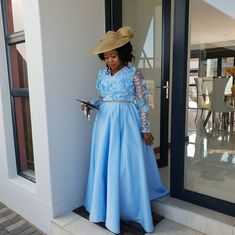 Church Dresses, Church Outfits, Long Dresses, African Lace Styles, Henna Patterns, African Fashion Dresses, Mother Of The Bride, Wedding Gowns, Dress Up