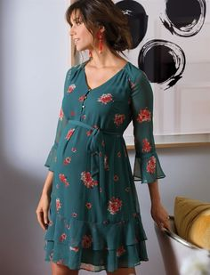 A Pea in the Pod Floral Ruffled Maternity Dress