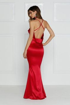 Crisantemi - Cherry Red Satin Gown with Cowl Neckline & Mermaid Train – A&N Luxe Label Satin Gown, Satin Dresses, Evening Dresses, Prom Dresses, Formal Dresses, Hobble Skirt, Formal Cocktail Dress, Long Maxi Skirts, Online Fashion Boutique