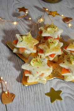 Sandwich étoilé au saumon Toast Noel, Apple Roses, Xmas Food, Christmas Time, Sandwiches, Special Occasion, Brunch, Food And Drink, Appetizers
