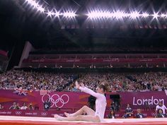 McKayla Maroney couldn't land her vault during individual event finals