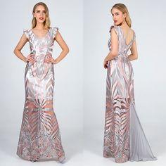 051c68743872 Βραδινά φορέματα ·  Μακρύ φόρεμα με δαντέλα και διαφάνεια. Το φόρεμα που  συναρπάζει και καθηλώνει τους πάντες.