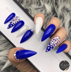 Want some ideas for wedding nail polish designs? This article is a collection of our favorite nail polish designs for your special day. Blue Coffin Nails, Blue Acrylic Nails, Blue Stiletto Nails, Glue On Nails, Gel Nails, Manicure, Blue And Silver Nails, Bright Blue Nails, Wedding Nail Polish