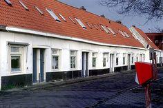 Het witte dorp bij marconiplein is een echt Rotterdams dorp in de grote stad dat is ech wel rotterdams
