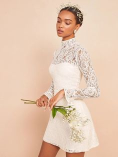 Little White dresses for brides in lace, sparkle, and sleek silhouettes. As couples turn to more intimate gatherings or even to elopements, short wedding dresses are gaining popularity. We've put together a shoppable guide of the best short wedding dresses you can buy online! #gws #greenweddingshoes #littlewhitedresses #shortweddingdresses Stunning Wedding Dresses, Affordable Wedding Dresses, Wedding Dress Sizes, Princess Wedding Dresses, Romantic Dresses, Pretty Dresses, Corsage, Bridal Gowns, Wedding Gowns