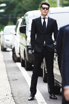 Kim Woo Bin in Friends 2 aka The Death of Me Korean Actresses, Asian Actors, Actors & Actresses, Kim Woo Bin, Lee Min Ho, Handsome Korean Actors, Hyun Bin, Bae Suzy, Kdrama Actors