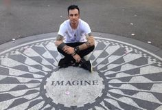 ♥Adam Gontier♥ -former lead singer of Three Days Grace. I really like this picture.