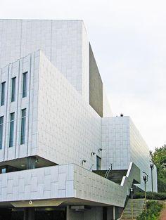 A Closer Look: Alvar Aalto's Finlandia Hall