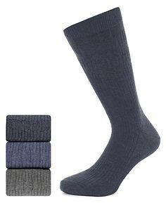 3 Pairs of Freshfeet™ Cotton Rich Non Elastic Socks Clothing
