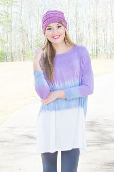 gorgeous ombre tunic! perfect to wear into spring and summer without the leggings.